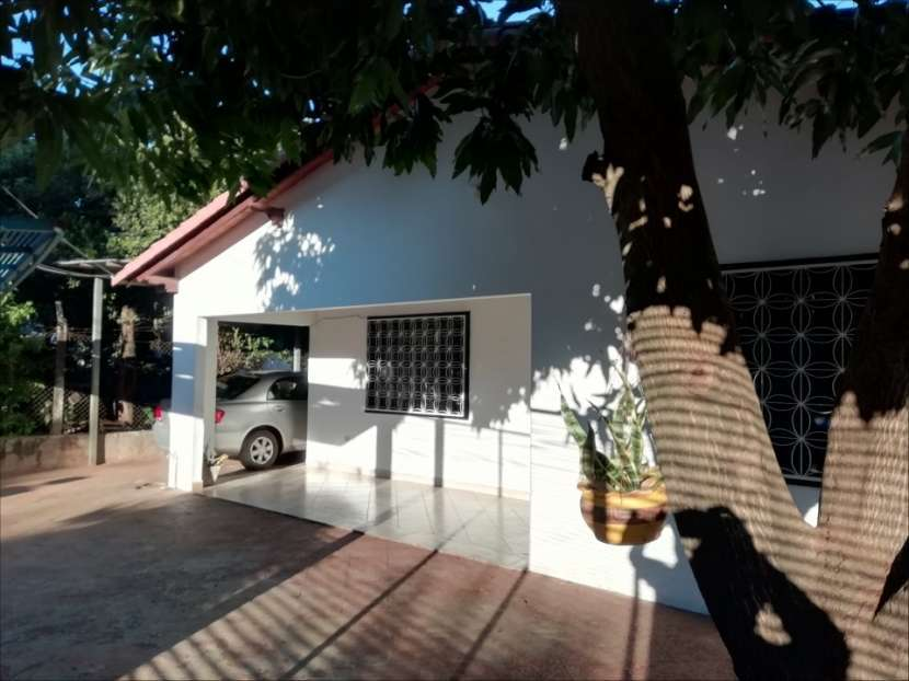 OFERTA...!!! Casa en el centro de Ñemby - 2