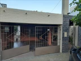Casa en Barrio Carmelitas
