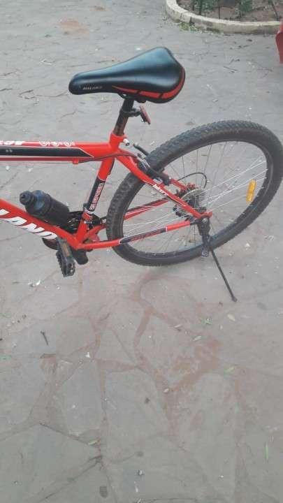 Bicicleta Milano aro 29 de 21 cambios impecable - 1