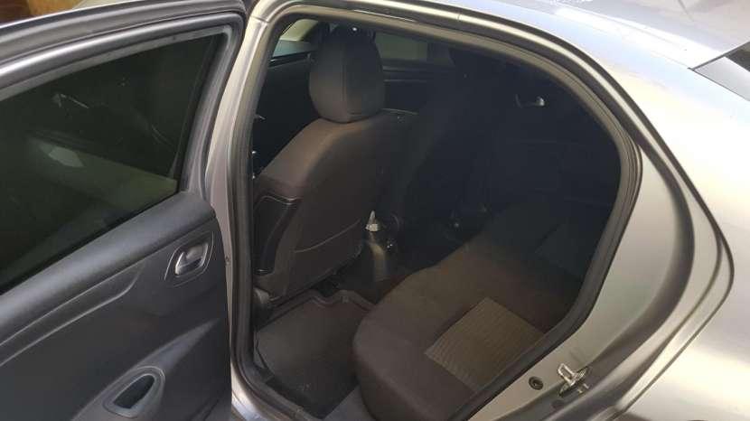 Peugeot 301 2018 usado - 5