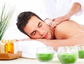 Masajes relajantes con aceites aromáticos