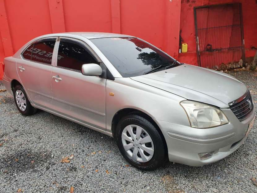 Toyota premio 2003 - 2