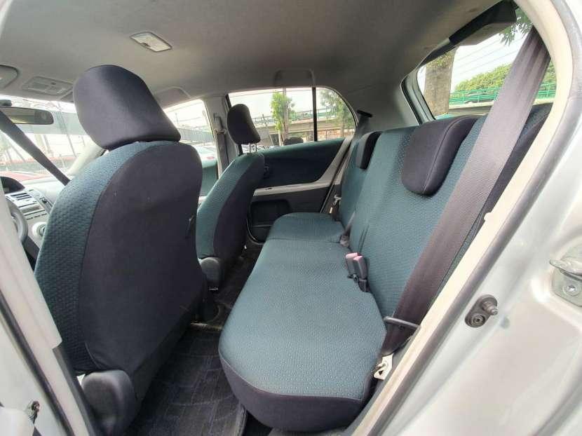 Toyota New vitz 2006 - 6