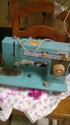 Máquina de coser recta