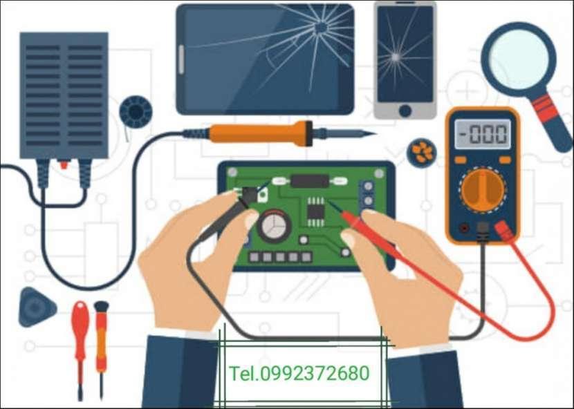 Servicio técnico celulares y computadoras - 0