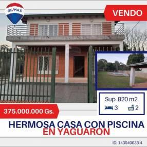 Casa sobre ruta 1 en Yaguarón