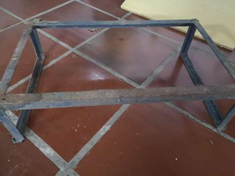 Soporte de hierro para aire acondicionado