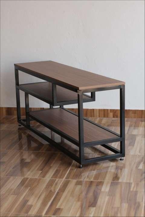 Rack para tv soporte de metal y madera - 2