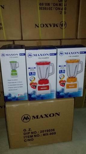 Licuadora Maxon