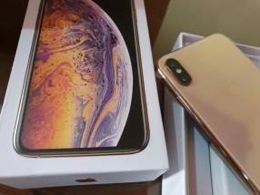 iPhone XS Max 64 gb gold en caja sellada