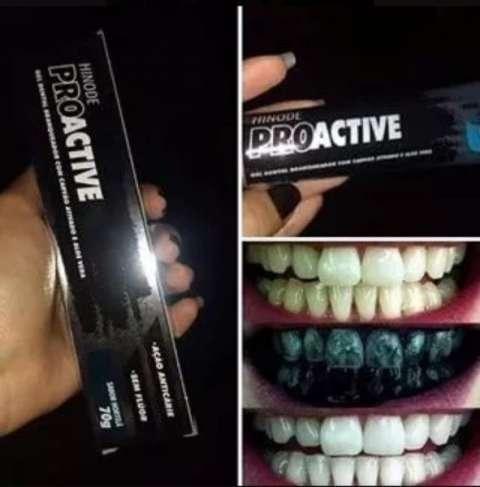 Blanqueador dental con carbón activado