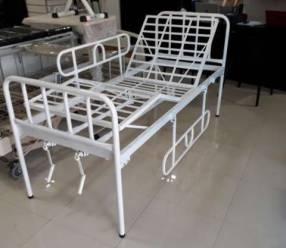 Cama hospitalaria manual colchón incluido