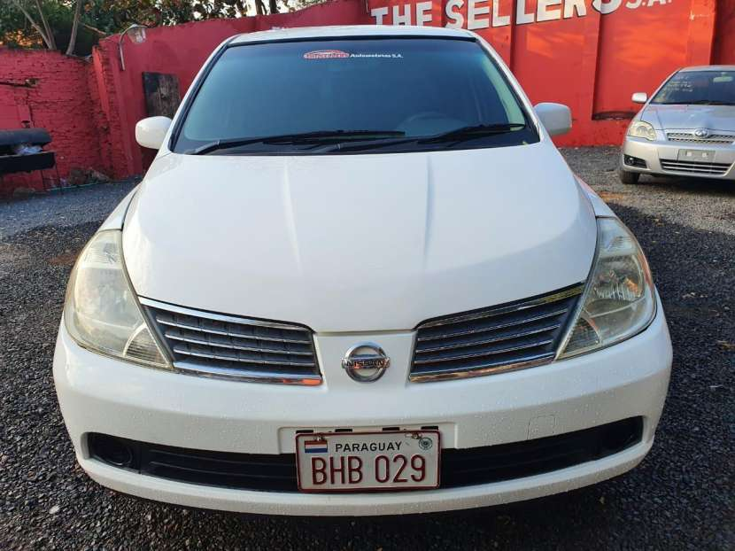 Nissan Tiida 2006 - 0
