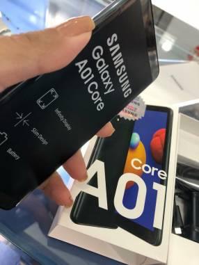 Samsung Galaxy A01 core nuevo en caja más protector antishok de regalo