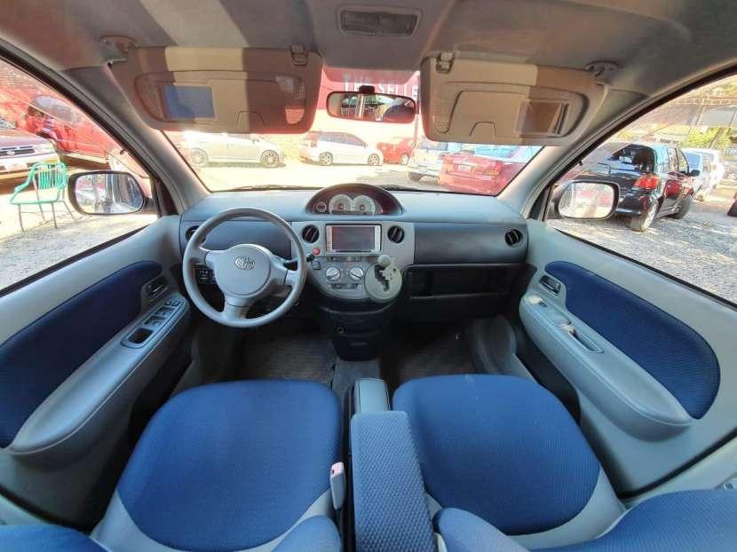 Toyota Sienta 2004 - 3