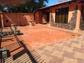 Casa en Fernando de la Mora zona IPS Ingavi