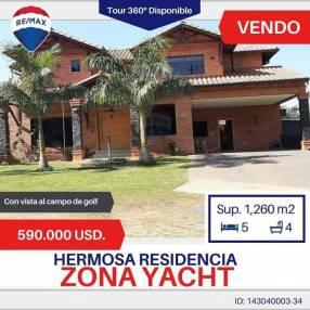 Residencia en la zona del Yacht