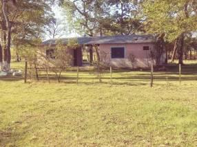 Terreno con casa en Benjamín Aceval