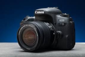 Cámaras digitales Canon T100 4000D + 18-55mm