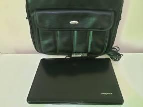 Notebook Emachines E725