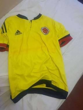 Remera de Colombia talle M