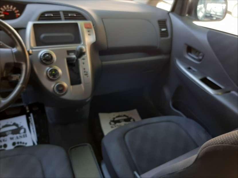 Toyota Ractis 2007 - 5