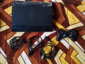 Playstation 3 de 300 GB con 21 juegos cargados