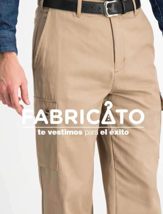 Pantalón carpintero tipo cargo color beige - 2