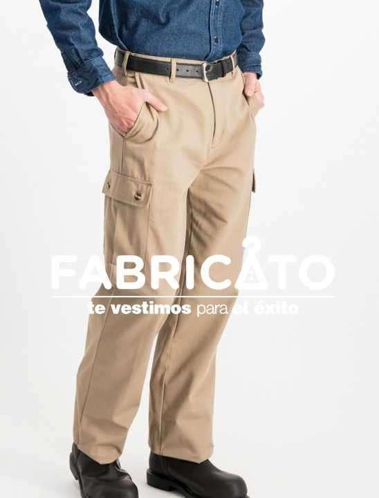 Pantalón carpintero tipo cargo color beige - 0