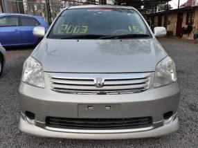 Toyota raum 2003 full