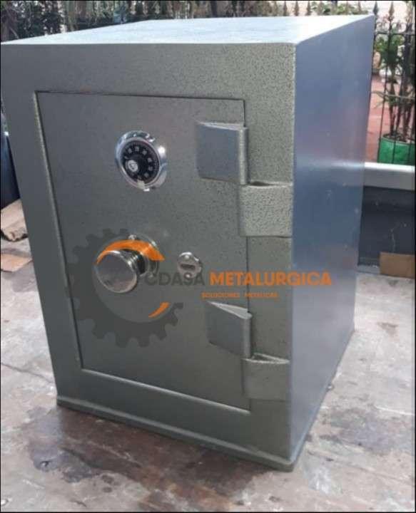 Caja fuerte de pie Metalúrgica CDASA - 3