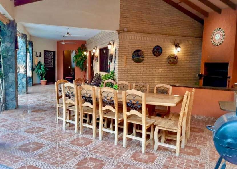 Casa en Fernando de la Mora zona Norte - 1