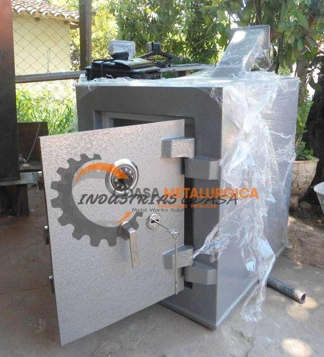 Caja fuerte de pie Metalúrgica CDASA - 1
