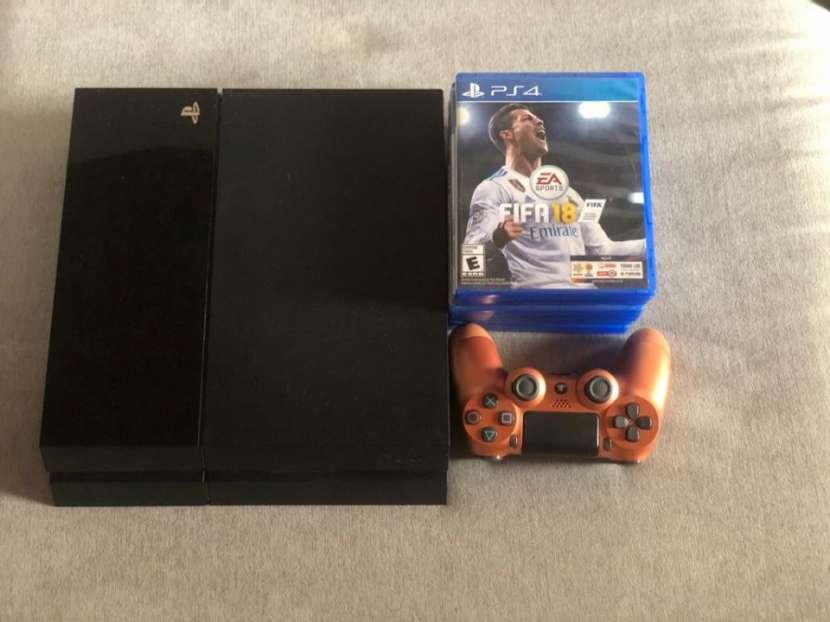 PS4 con 6 juegos y 1 control - 0