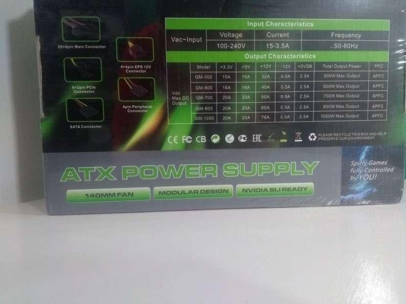Fuente 1050W semimodular GameMax - 1