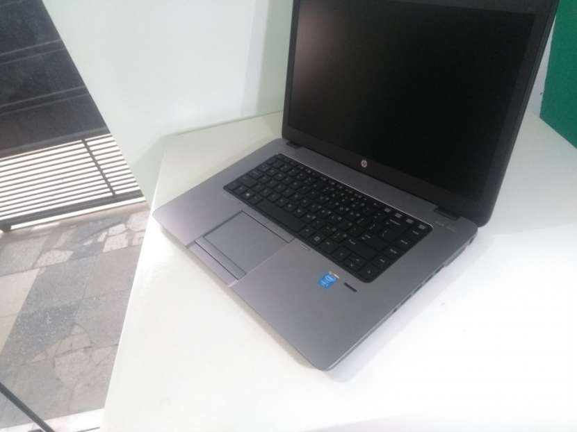 Notebook HP EliteBook Ultrabook i5 240 GB SSD 8 GB RAM - 0