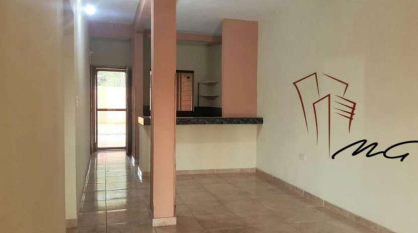 Departamento de 2 dormitorios villa elisa - 1