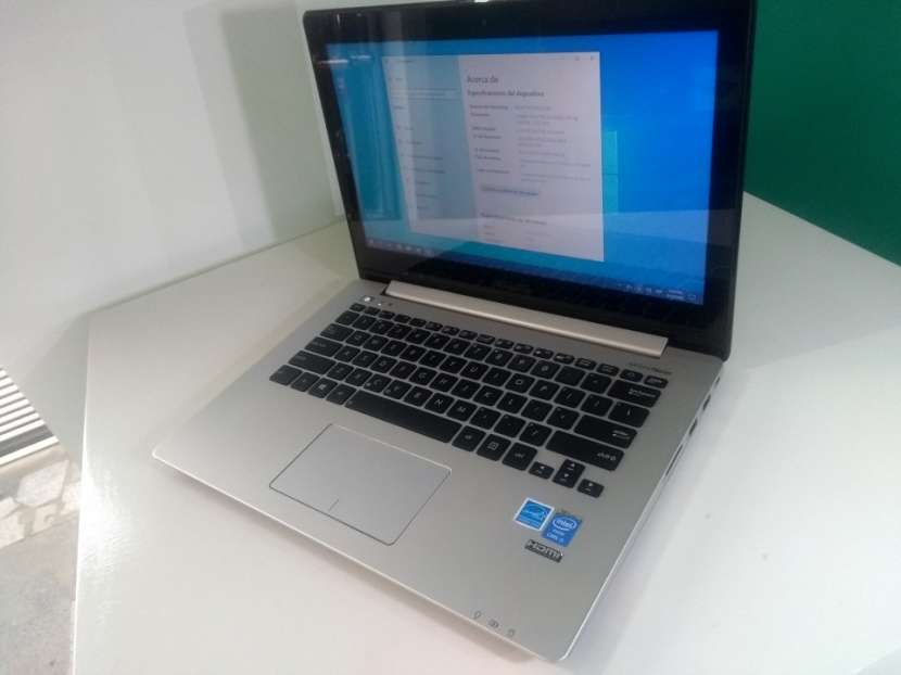 Notebook Asus 13 pulgadas touchscreen Intel i5 - 2