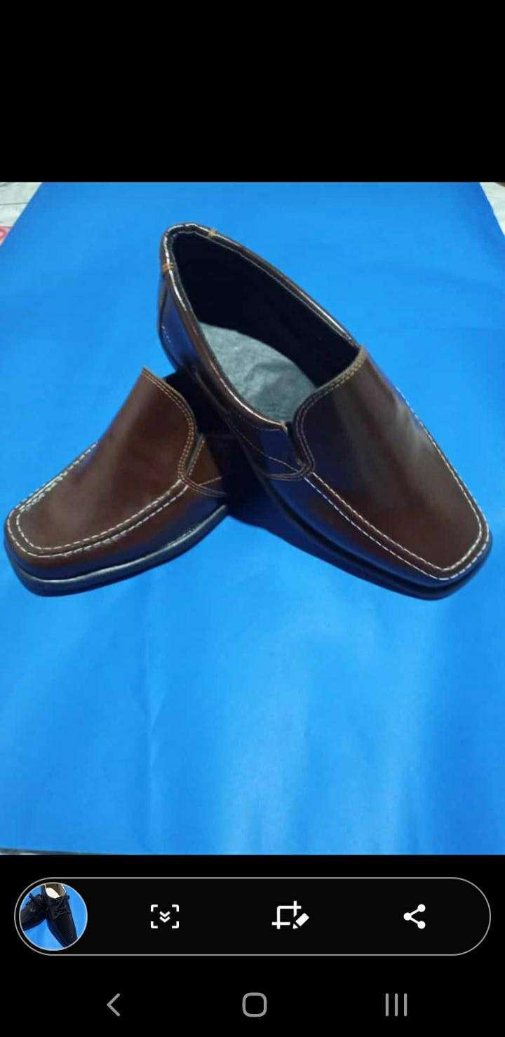 Zapato de cuero - 0