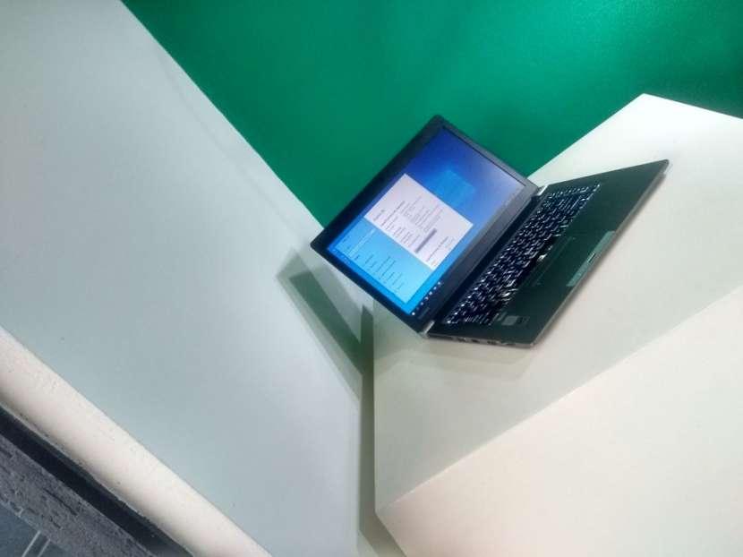 Notebook Toshiba 14 Pulgadas i5 16 GB RAM 240 GB SSD - 5