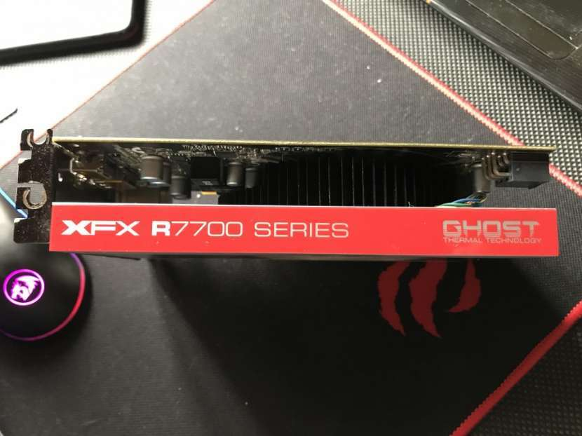 Placa de Video AMD Radeon XFX R7700 1GB con DETALLES (LEER) - 4