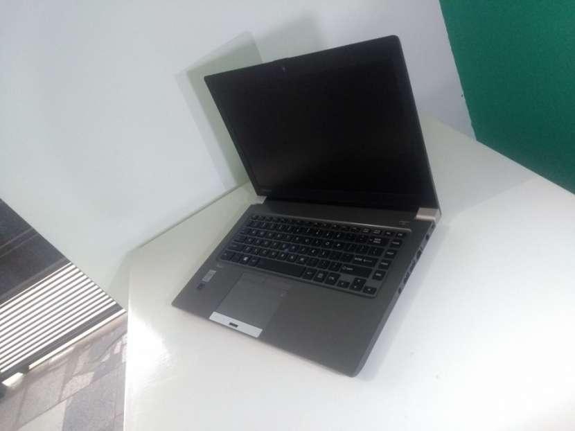 Notebook Toshiba 14 Pulgadas i5 16 GB RAM 240 GB SSD - 0