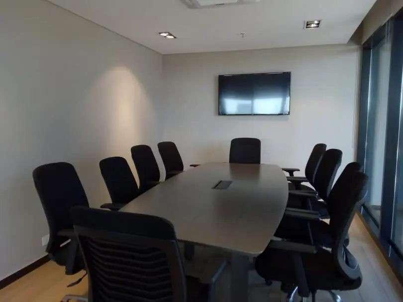 Oficina en edificio Sky Park - 8