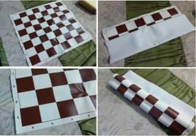 Tablero ajedrez enrollable de vinilo 50x50 cm color burdeos