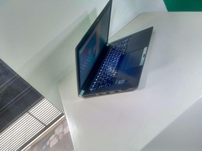 Notebook Toshiba 14 Pulgadas i5 16 GB RAM 240 GB SSD - 3