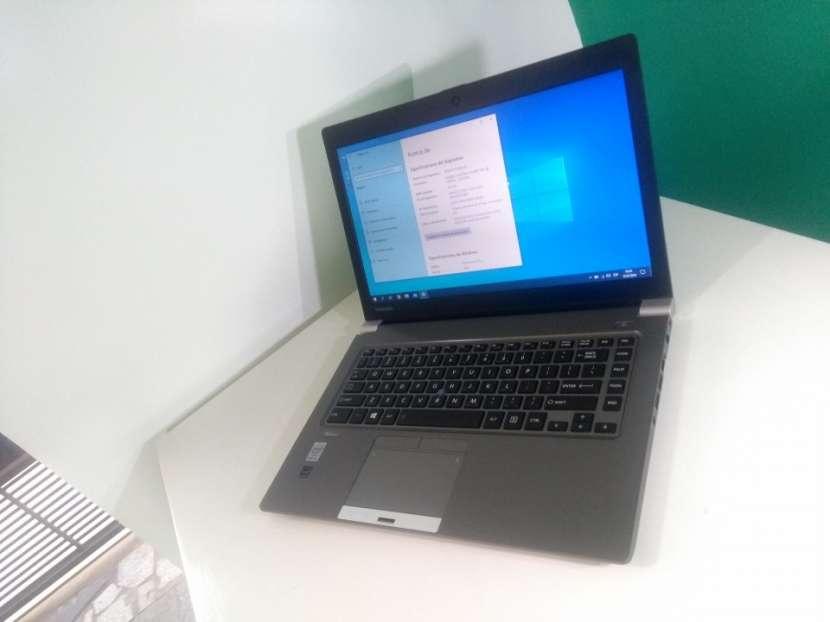 Notebook Toshiba 14 Pulgadas i5 16 GB RAM 240 GB SSD - 2