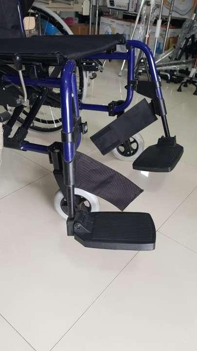 Silla de ruedas rebatible - 0