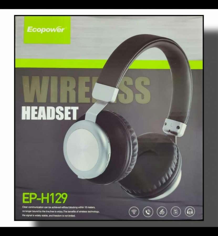 Auriculares a Bluetooth - 0