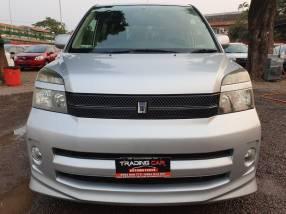 Toyota voxy 2005/6