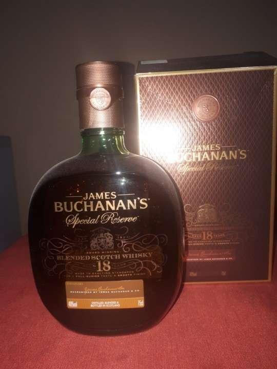 Whisky James Buchanan's 18 años 750 ml - 1